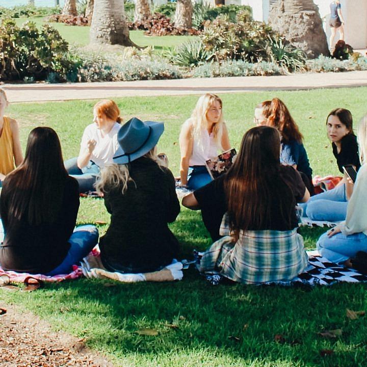 Frauencommunity, Teacher Girl Gang, Lehrercommunity, Instalehrerzimmer, Lehrerclub, Lehrertreffen, Lehrercafé, Happy Teaching Community